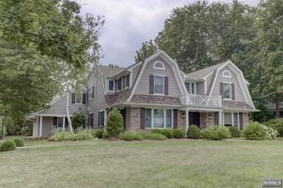 Ridgewood Single Family Home For Sale: 155 North Van Dien Avenue