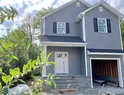 Waldwick Single Family Home For Sale: 14 Bergen Avenue