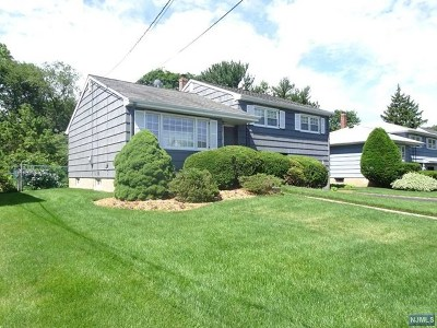 Clifton Single Family Home For Sale: 137 Bender Drive