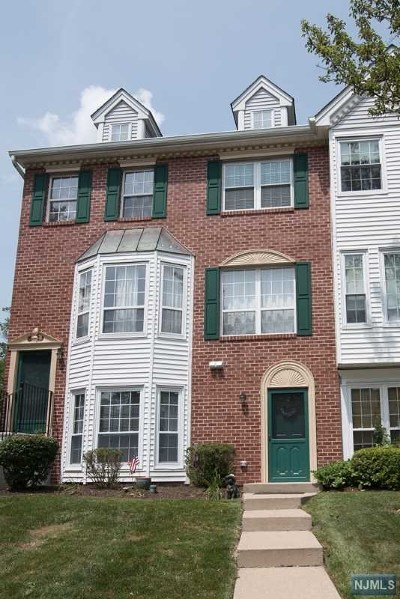 Mahwah Condo/Townhouse For Sale: 1310 Persimmon Court