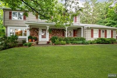 Essex County Single Family Home For Sale: 299 East Cedar Street