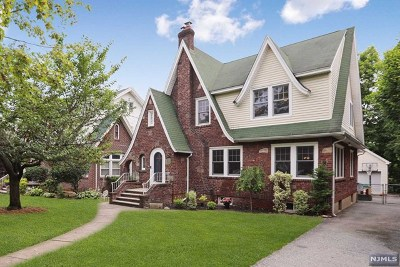 Teaneck Single Family Home For Sale: 1309 Dickerson Road