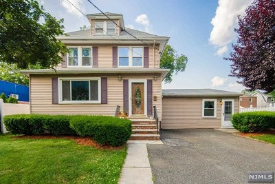 Bergenfield Single Family Home For Sale: 27 Lilac Street