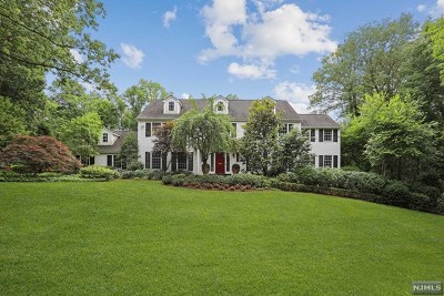 Tenafly Single Family Home For Sale: 60 Mayflower Drive