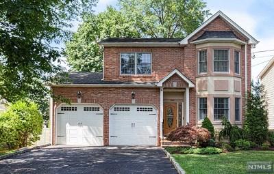 Dumont Single Family Home For Sale: 238 Dixon Avenue