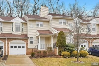 Morris County Condo/Townhouse For Sale: 59 Rockcreek Terrace