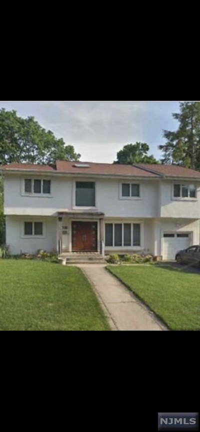 Fair Lawn Single Family Home For Sale: 37-01 Lenox Drive