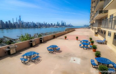 Hudson County Condo/Townhouse For Sale: 6600 Boulevard East #11k