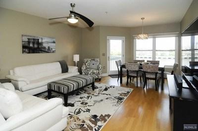 Edgewater Condo/Townhouse For Sale: 301 The Promenade #301