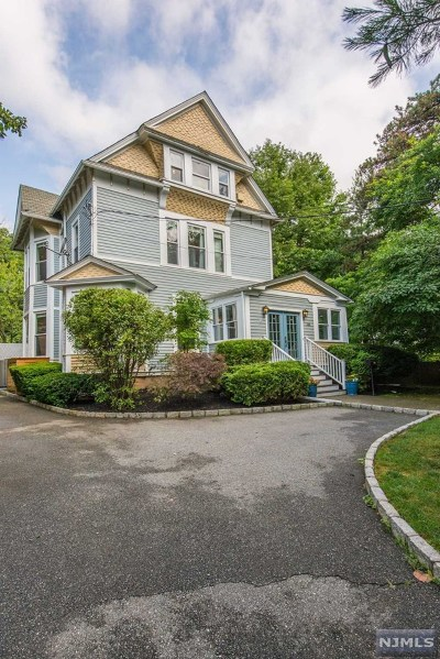 Essex County Single Family Home For Sale: 386 Park Street