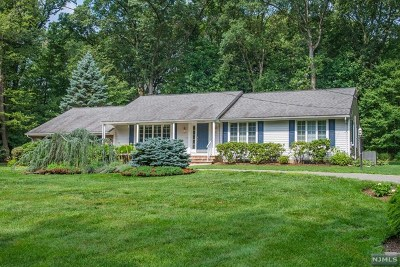 Franklin Lakes Single Family Home For Sale: 665 Vance Avenue