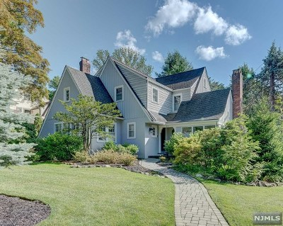 Essex County Single Family Home For Sale: 11 Randolph Place