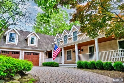 Demarest Single Family Home For Sale: 94 Anderson Avenue
