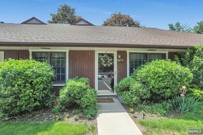 Waldwick Condo/Townhouse For Sale: 32-3 Tamaron Drive #32-3