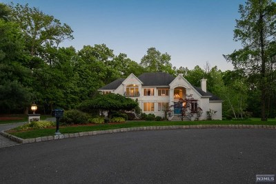 Franklin Lakes Single Family Home For Sale: 712 Saber Court