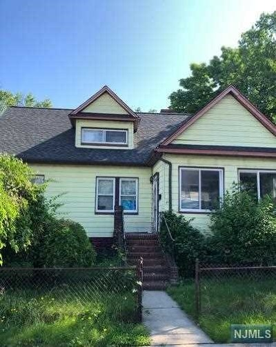 Englewood Single Family Home For Sale: 47 Grant Street