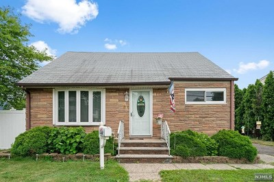 Moonachie NJ Single Family Home For Sale: $355,000