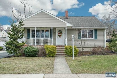 Hasbrouck Heights Single Family Home For Sale: 50 Woodside Avenue