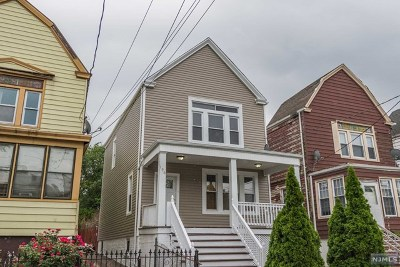 Essex County Single Family Home For Sale: 196 Maple Avenue