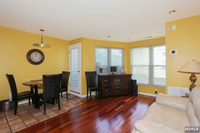 Hackensack Condo/Townhouse For Sale: 925 Main Street #3