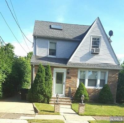 Teaneck Single Family Home For Sale: 74 Van Buskirk Road