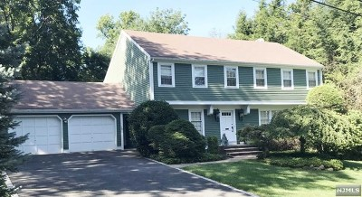 Bergen County Single Family Home For Sale: 175 Surbeck Place