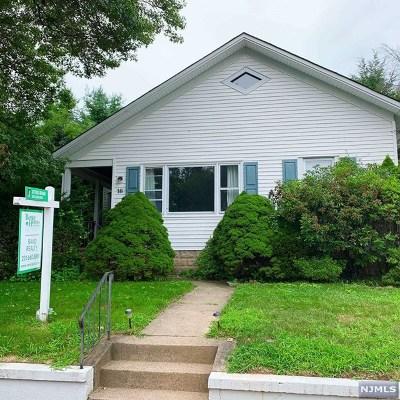 Closter Single Family Home For Sale: 16 Robinhood Avenue