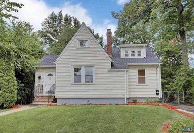 Single Family Home For Sale: 303 Shepard Avenue