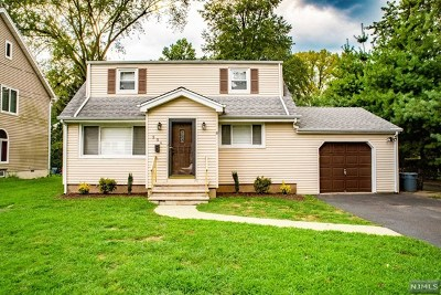 New Milford NJ Single Family Home For Sale: $449,999
