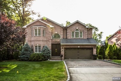 Cresskill Single Family Home For Sale: 51 Legion Drive