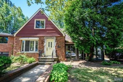 Hudson County Single Family Home For Sale: 911-913 Boulevard