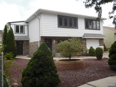 Essex County Single Family Home For Sale: 10 Parallel Street