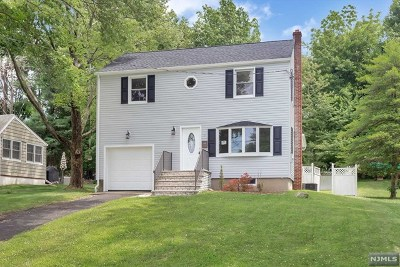 Essex County Single Family Home For Sale: 8 Woodlawn Terrace