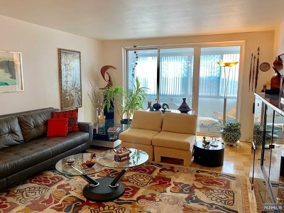 Fort Lee Condo/Townhouse For Sale: 2000 Linwood Avenue #11x