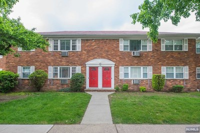 Wayne Condo/Townhouse For Sale: 1261b Valley Road