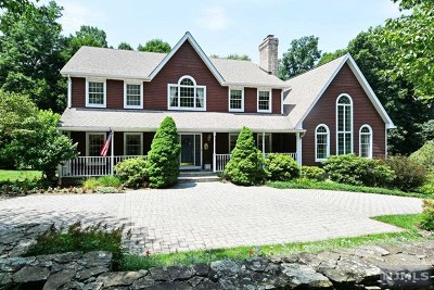 Mahwah Single Family Home For Sale: 2 James Brite Circle