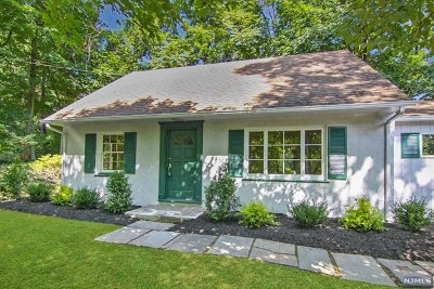 Tenafly Single Family Home For Sale: 12 Huyler Avenue