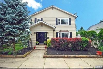 Waldwick Single Family Home For Sale: 32 Harrison Avenue