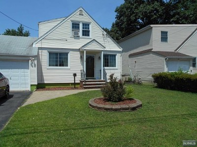 Essex County Single Family Home For Sale: 19 Beverly Court