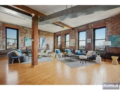 Union City NJ Condo/Townhouse For Sale: $950,000