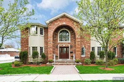 Fort Lee NJ Single Family Home For Sale: $1,049,000