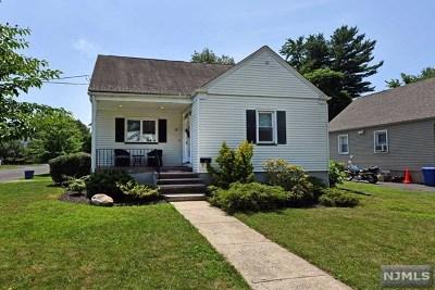 Bergen County Single Family Home For Sale: 11 Delaware Avenue