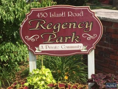 Ramsey Condo/Townhouse For Sale: 68 Regency Park #68