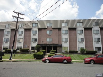 Hackensack Condo/Townhouse For Sale: 281 Park Street #2i