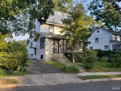 Englewood Single Family Home For Sale: 53 Belmont Street