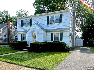 Fair Lawn Single Family Home For Sale: 12-40 Rosewood Street