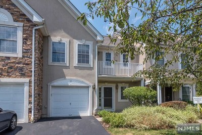 Passaic County Condo/Townhouse For Sale: 10 Peach Tree Lane