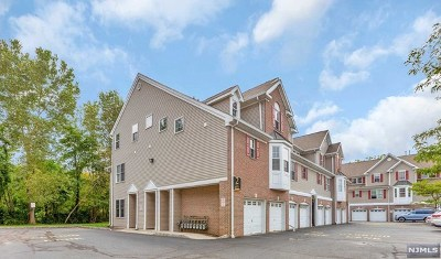 Ridgefield Park Condo/Townhouse For Sale: 47 Birch Street