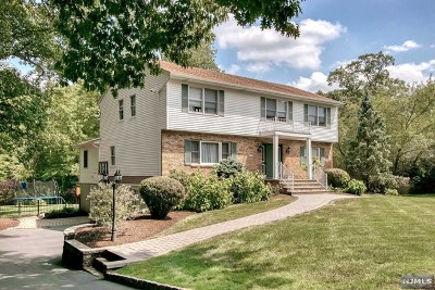 Bergen County Single Family Home For Sale: 861 Cambridge Road