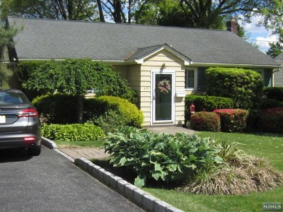 Bergen County Single Family Home For Sale: 419 West Avenue
